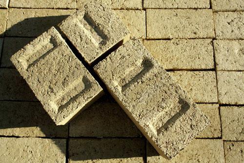 Hempcrete-building-blocks